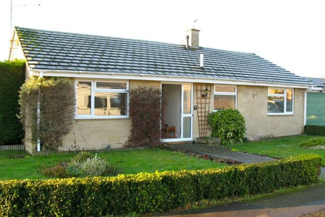 3 bed detached house to rent in Fairfax Road, Chalgrove, Oxford
