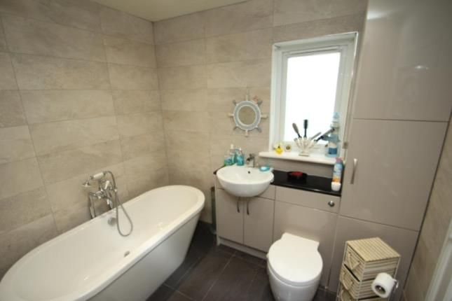 Bathroom of Main Street, Chapelhall, Airdrie, North Lanarkshire ML6