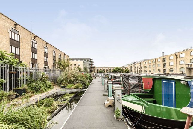 Thumbnail Houseboat for sale in New Wharf Road, London