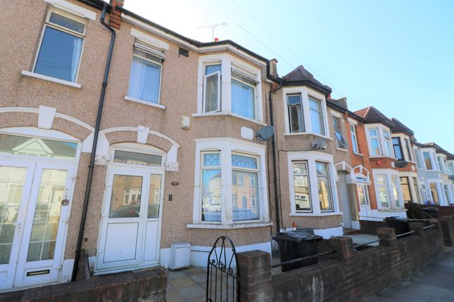 5 bed terraced house to rent in Highbury Gardens, Ilford, Essex IG3
