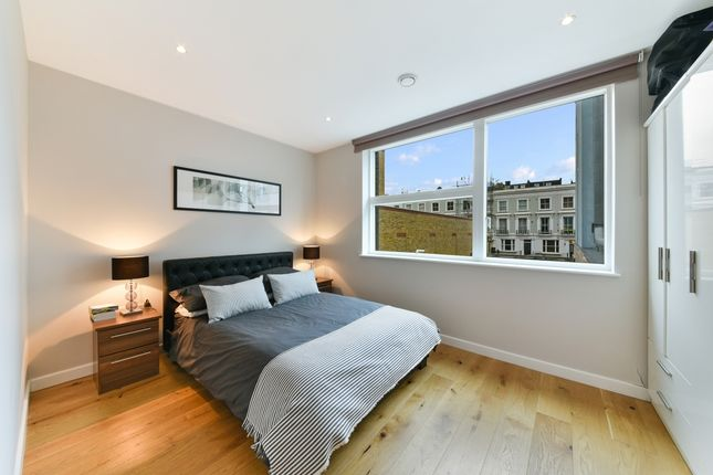 Bedroom of Amberley Waterfront, Amberley Road, Maida Vale W9