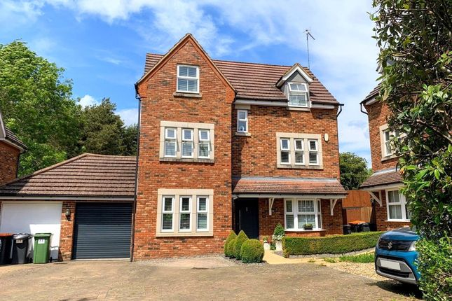 Thumbnail Detached house for sale in Badgers Brook, Leighton Buzzard, Bedfordshire