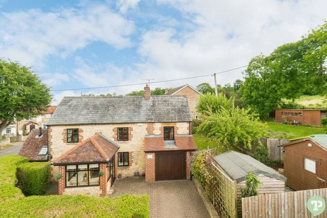 Thumbnail Detached house for sale in Littleworth, Oxford