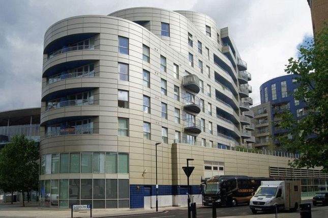 Thumbnail Flat for sale in Queensland Road, London