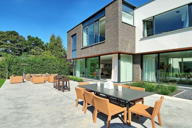 Thumbnail Villa for sale in Avenue Des Statuaires, Belgium