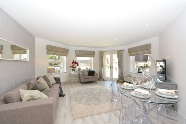 Thumbnail Flat for sale in High Street, Crowthorne, Berkshire