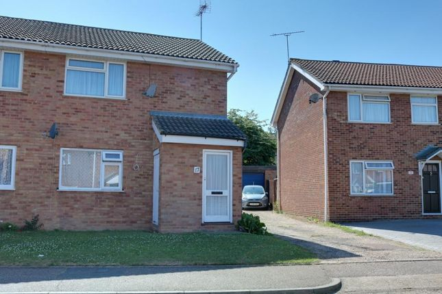 Thumbnail Flat for sale in Old Mead, Southend-On-Sea
