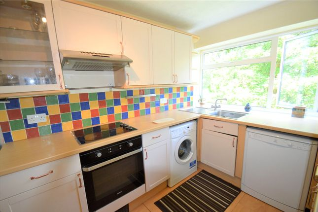 Thumbnail Flat to rent in Lightwood Court, Valley Road, Kenley