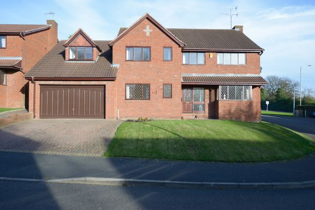 Thumbnail Detached house for sale in Bryn Lea, Chesterfield