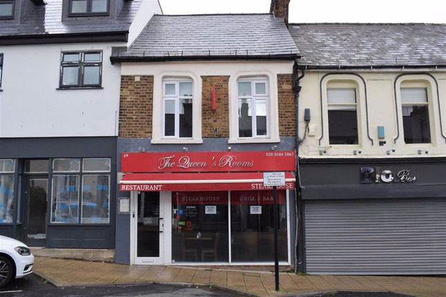 Thumbnail Restaurant/cafe for sale in Queens Road, Buckhurst Hill, Essex