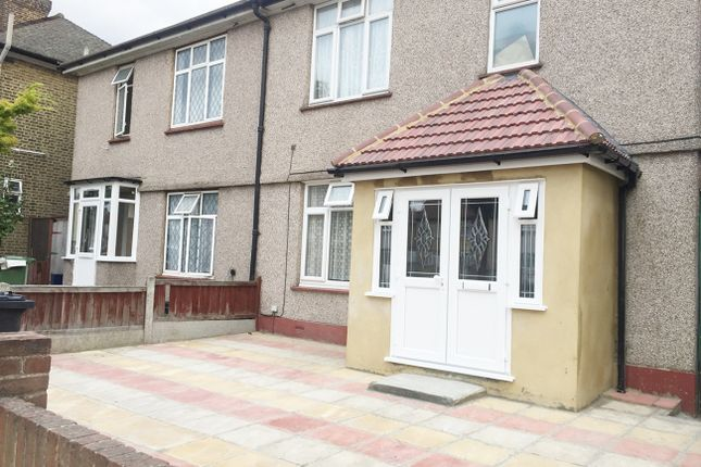 Thumbnail Room to rent in Ripple Road, Barking, Essex