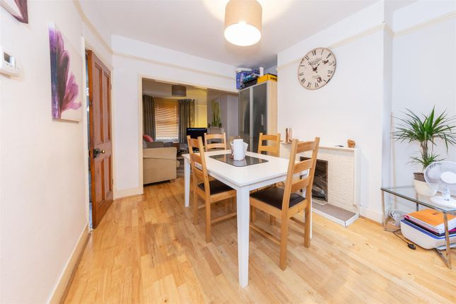 Dining Room of Chiltern Road, Dunstable, Bedfordshire LU6
