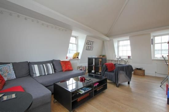 2 bed flat to rent in Lower Marsh, London