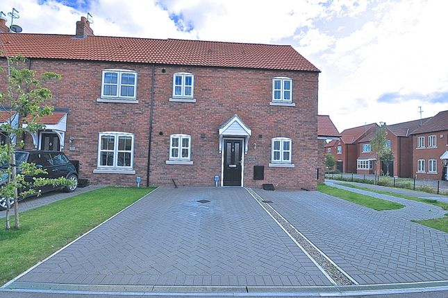 Thumbnail Flat for sale in Hamlet Drive, Kingswood, Hull, East Riding Of Yorkshire