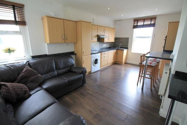 Thumbnail Flat to rent in Connaught Road, Roath, Cardiff