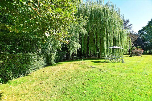 Communal Garden of North Cray Road, Bexley, Kent DA5