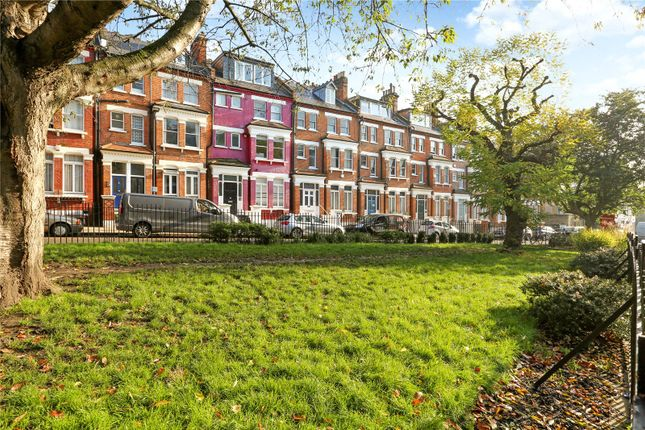 Picture No. 13 of Primrose Gardens, London NW3