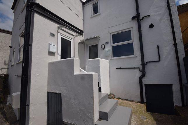 Thumbnail Property to rent in Market Street, Rhosllanerchrugog, Wrexham