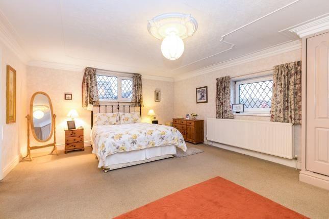 Bedroom 1 of Highfield Avenue, Farington, Leyland, Lancashire PR25