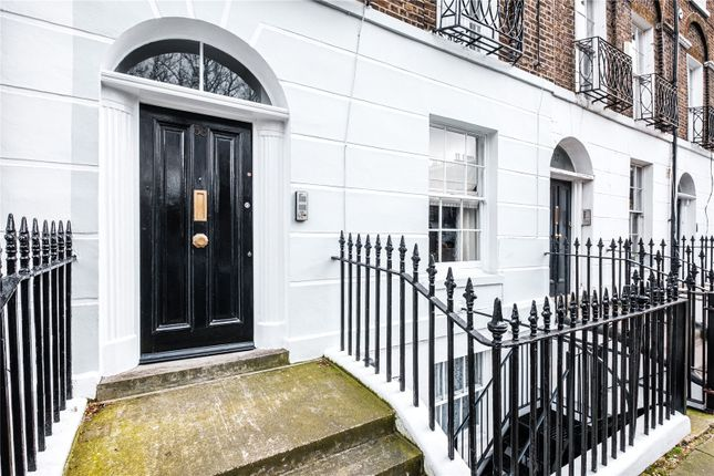 Picture No. 41 of Claremont Square, London N1