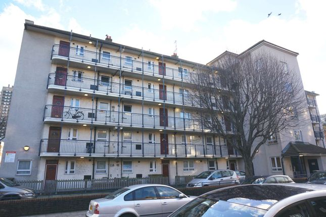 Thumbnail Flat to rent in Boyd Street, Aldgate East