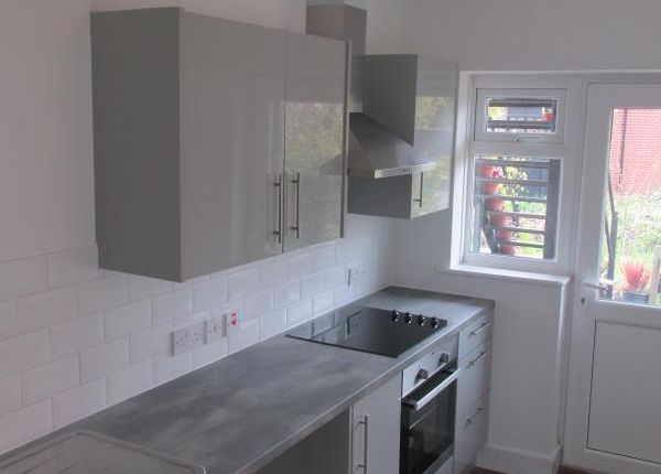 Thumbnail Flat to rent in Cornwallis Circle, Whitstable