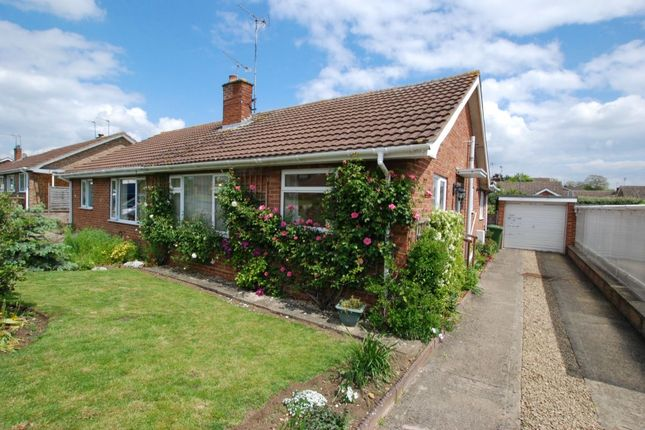 Thumbnail Bungalow for sale in Merrybrook, Evesham