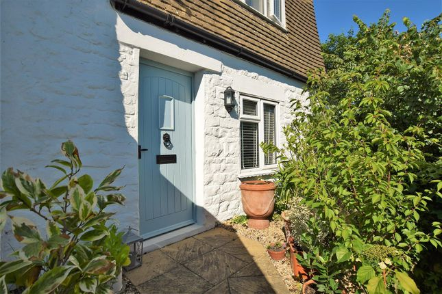 Thumbnail Cottage for sale in Radcliffe Road, Stamford