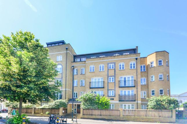 Thumbnail Flat to rent in Stockwell Green, Stockwell, London