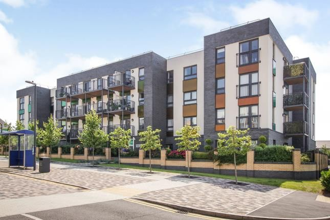 Thumbnail Flat for sale in Long Down Avenue, Bristol