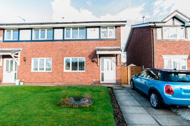 Thumbnail Semi-detached house to rent in Otmoor Way, Royton