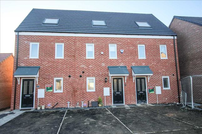 Thumbnail Town house to rent in Wallasey Drive, The Fairways, Cramlington
