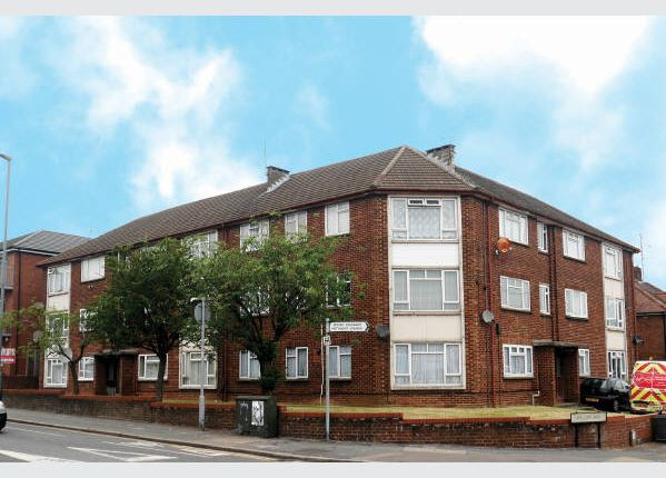 Thumbnail Block of flats for sale in Willow Court, Marsh Road, Leagrave, Bedfordshire