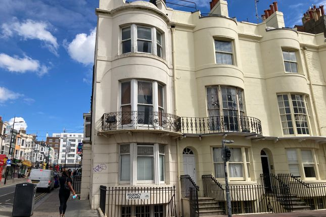 Office to let in Regency Square, Brighton