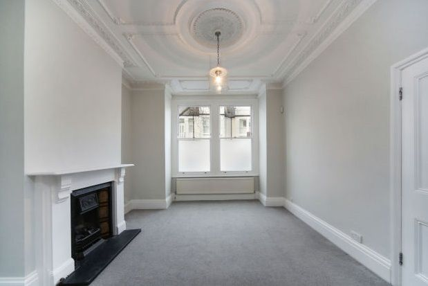 Thumbnail Property to rent in Ringmer Avenue, Parsons Green, Fulham