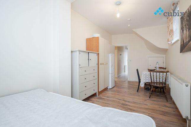 Thumbnail Maisonette to rent in Railton Road, Brixton