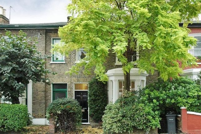 Thumbnail Terraced house to rent in Gayhurst Road, London