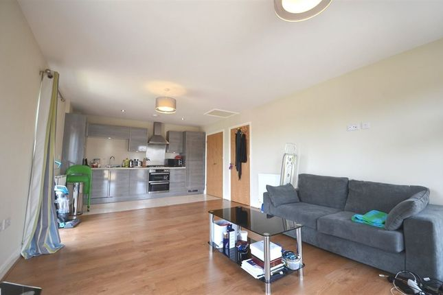 Thumbnail Flat to rent in Otter Way, Waterside, West Drayton