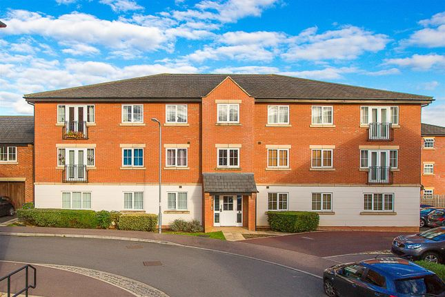 Thumbnail Flat for sale in Proclamation Avenue, Rothwell, Kettering
