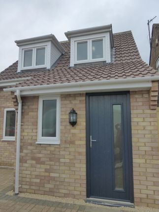 Thumbnail Detached house to rent in Kennedy Road, Bicester