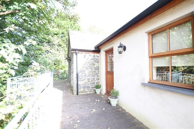 Thumbnail Flat to rent in Llanon