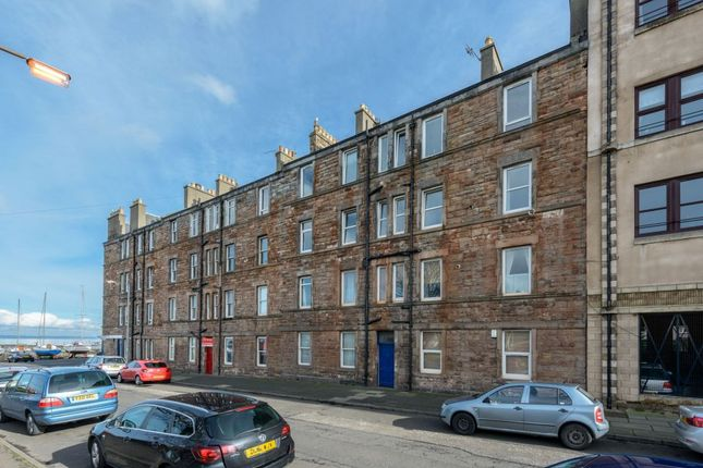 Thumbnail Flat for sale in 2D, Harbour Road, Musselburgh