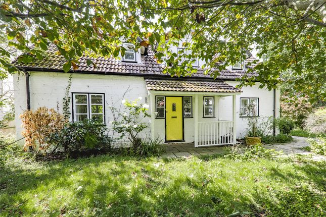 Thumbnail Detached house for sale in Hatch Ride, Crowthorne, Berkshire