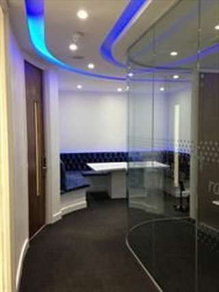 Serviced office to let in Rainbow Business Centre, Enfield