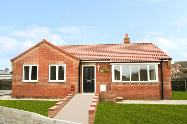 Thumbnail Bungalow for sale in Thorn Road, Hedon, Hull