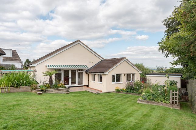 Thumbnail Bungalow for sale in Windmill Rise, Woodhouse Eaves, Loughborough