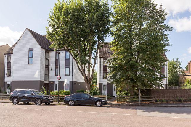 Thumbnail Flat for sale in Pellatt Grove, Wood Green