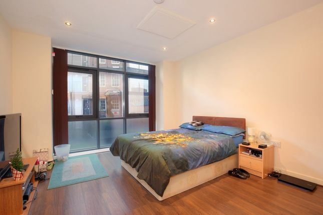 Thumbnail Flat to rent in Hawley Street, Sheffield