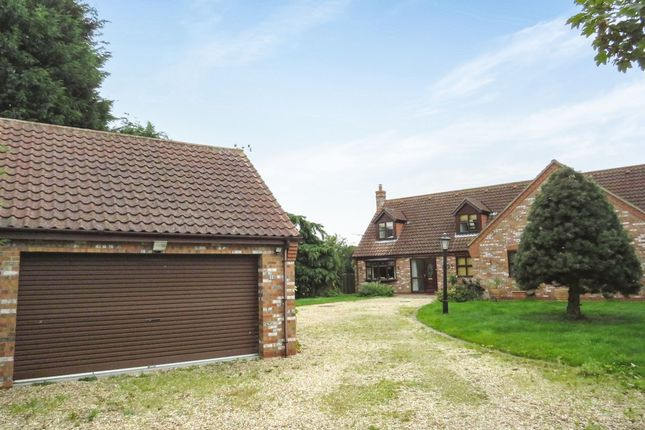 Thumbnail Detached bungalow for sale in Main Street, Torksey, Lincoln