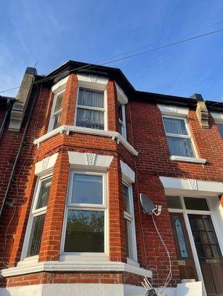 Thumbnail Flat to rent in Bear Road, Brighton